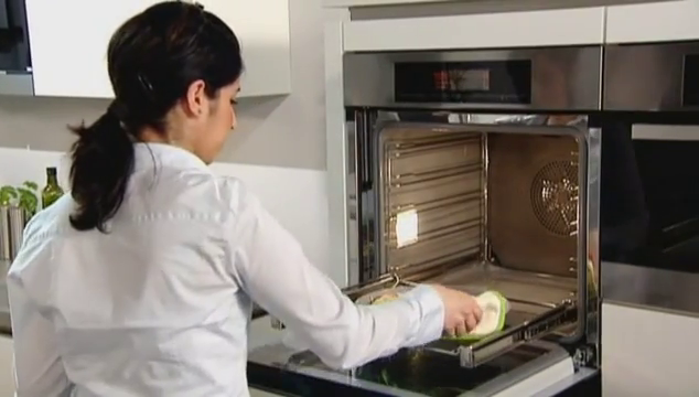 Miele: Reduced Moisture Cooking